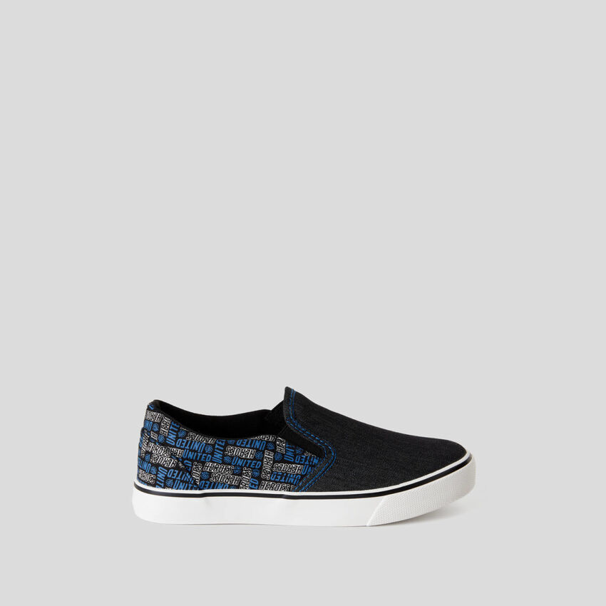 Skater style fabric sneakers