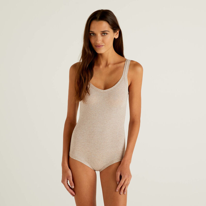 Super stretch organic cotton bodysuit