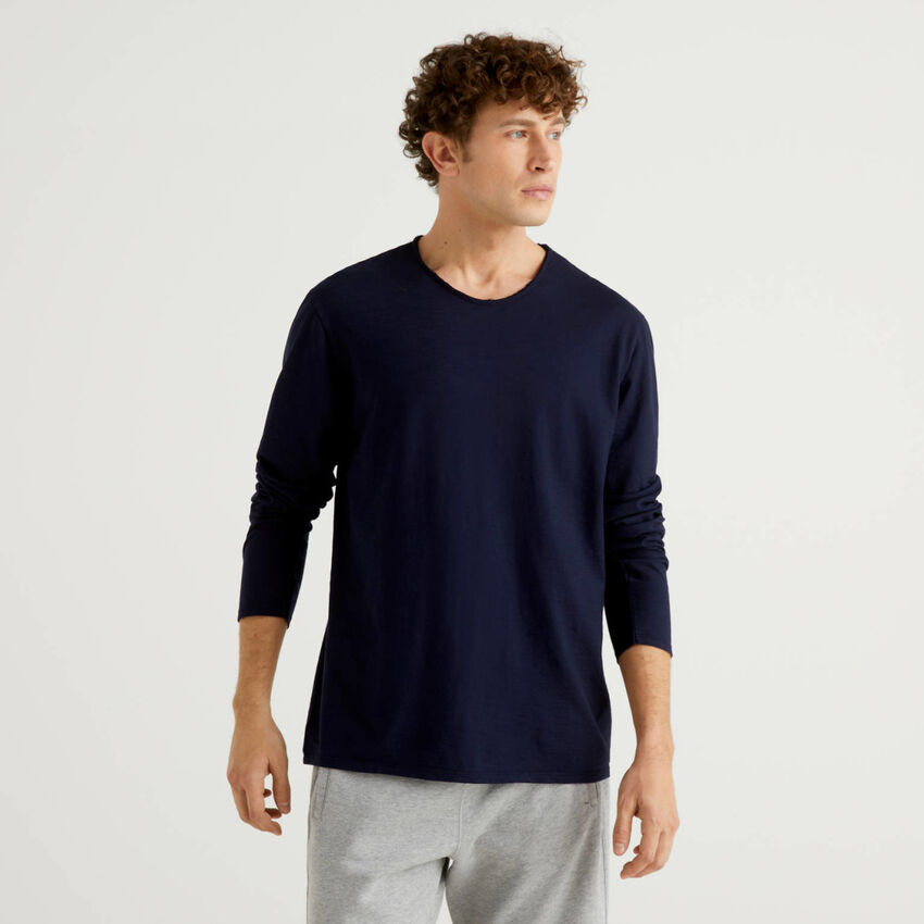 Long sleeve t-shirt in 100% cotton
