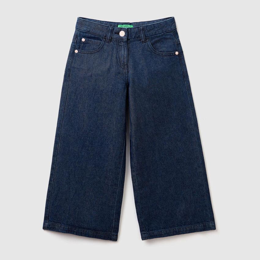 Wide jean trousers