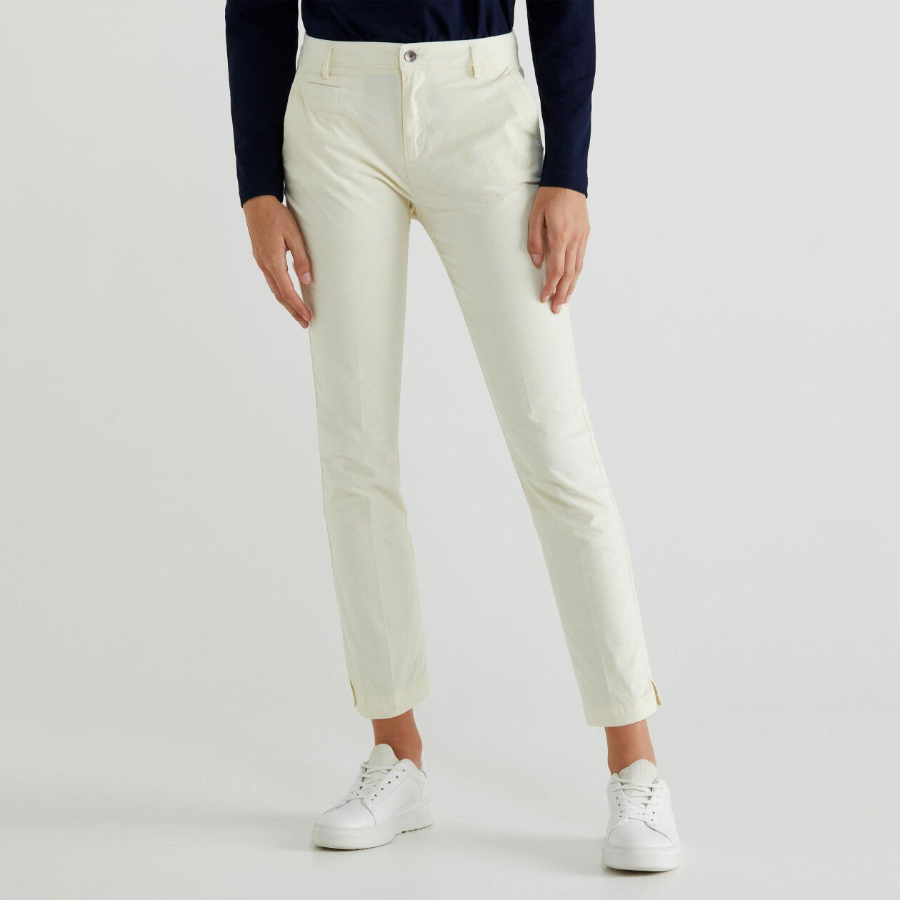 Stretch velvet chinos