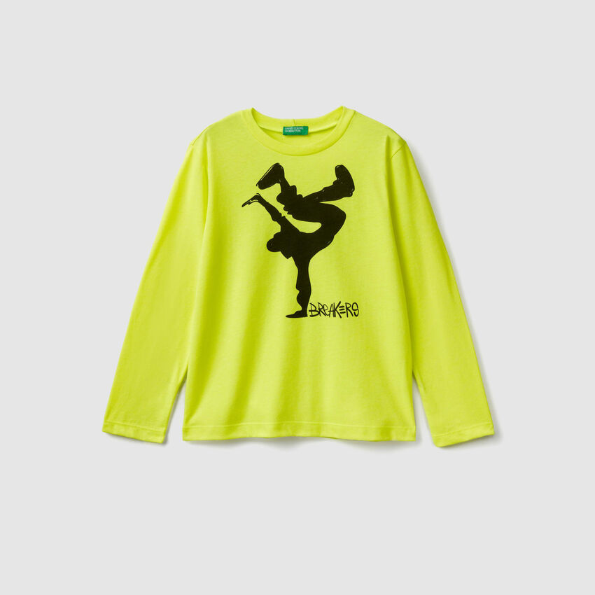 T-shirt with neon details
