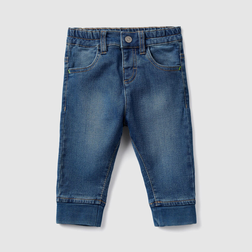 Jeans with ribbed ankle bands