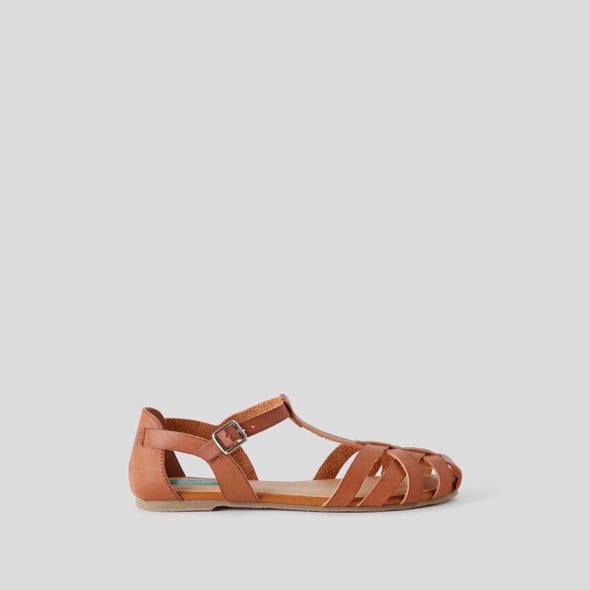 Flat braided sandals