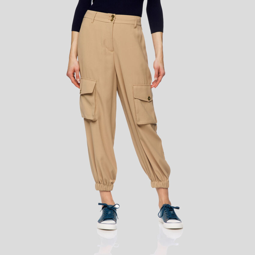 Flowy cargo pants