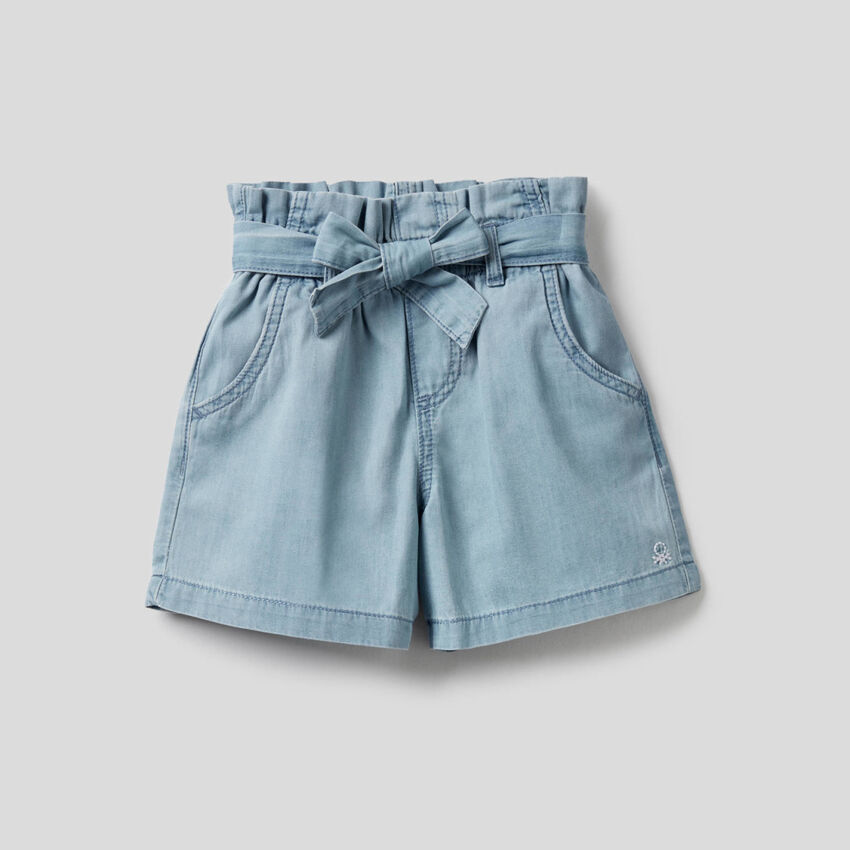 High-waisted shorts in 100% cotton