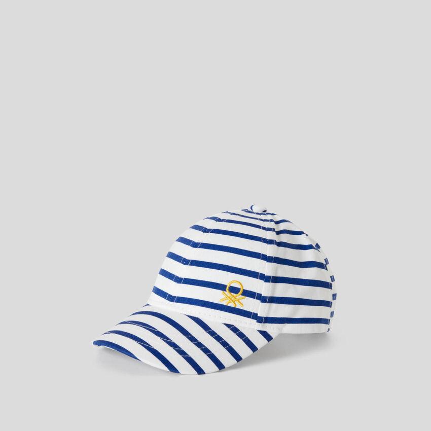 White and blue stripe cap