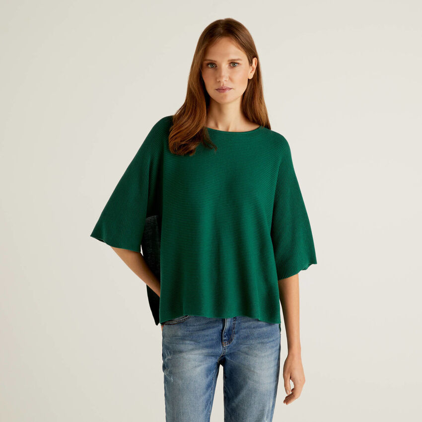 Knit sweater with 3/4 sleeves