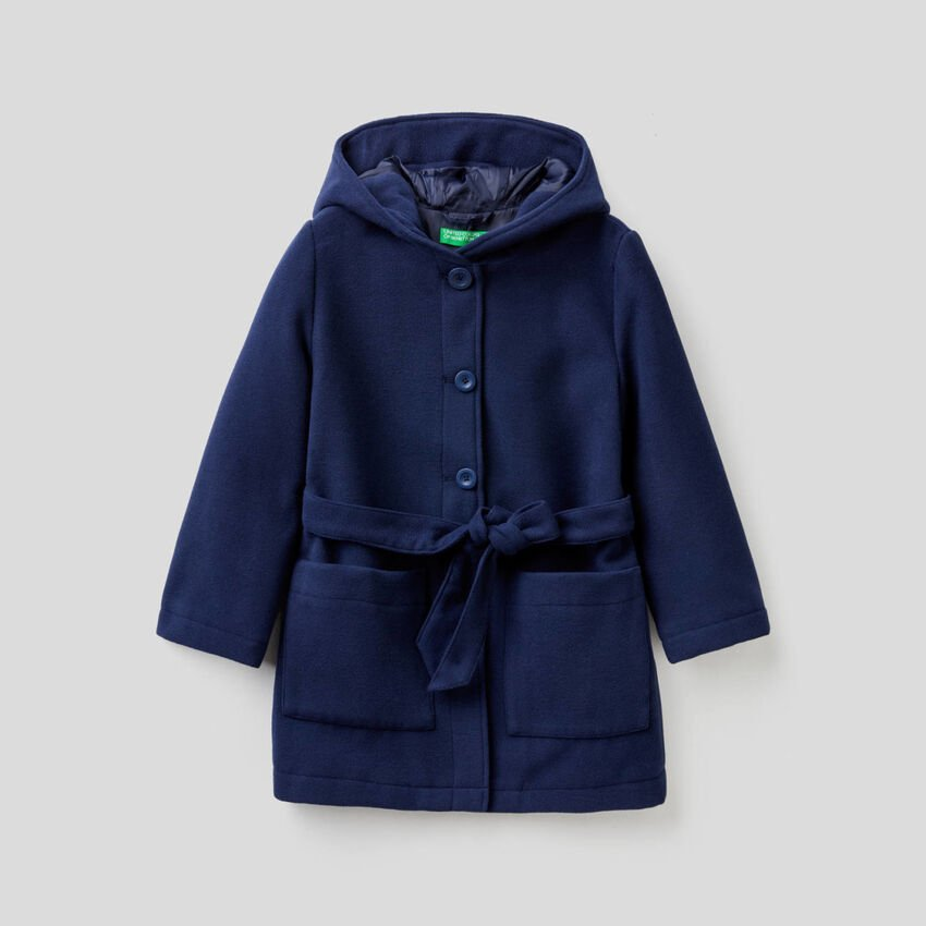Coat with hood and belt