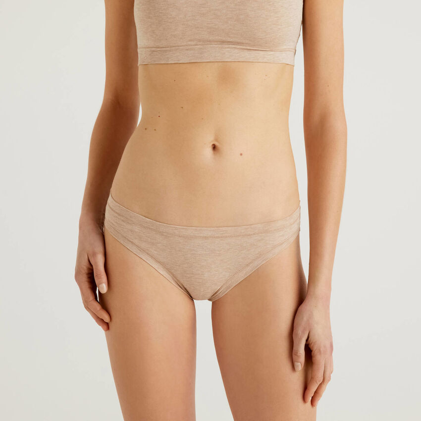Low-rise underwear