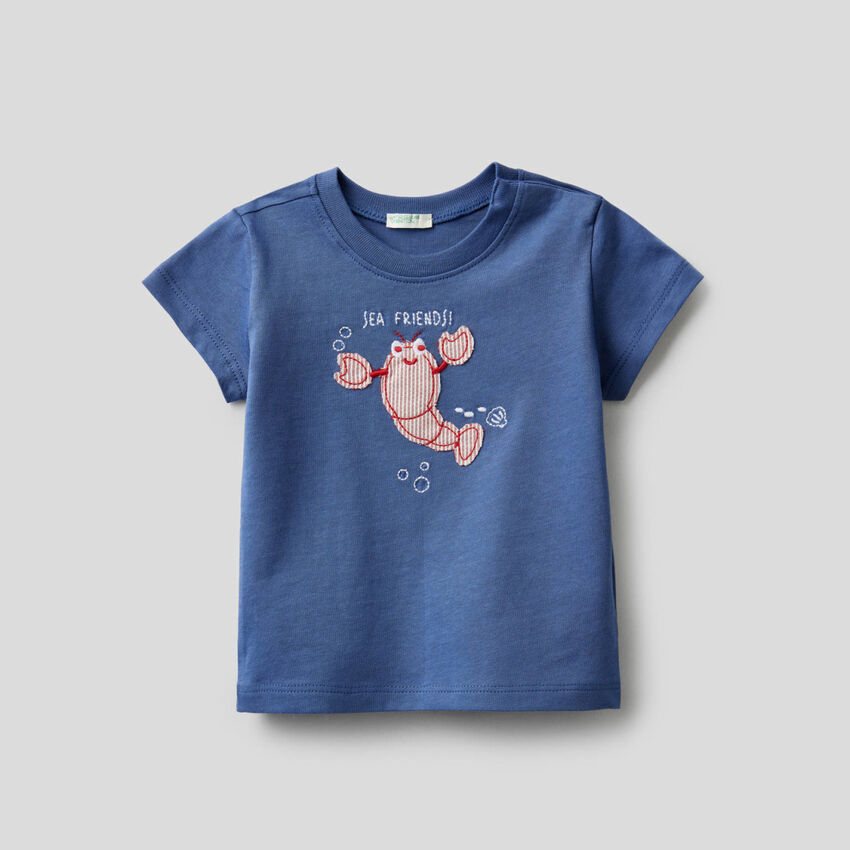 T-shirt in organic cotton with embroidery