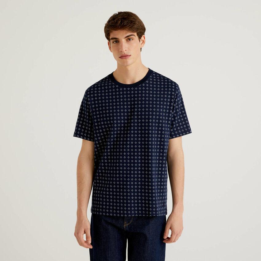 100% cotton patterned t-shirt