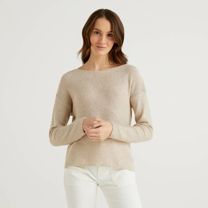 Sweater with wide neck