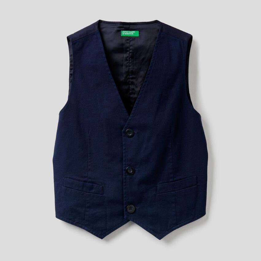Stretch cotton vest