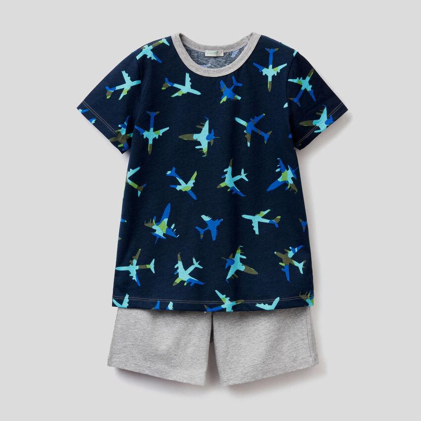 T-shirt and bermudas pyjamas