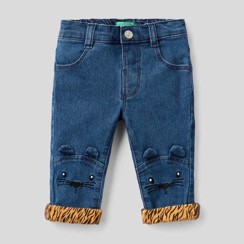 Jeans with animal embroidery