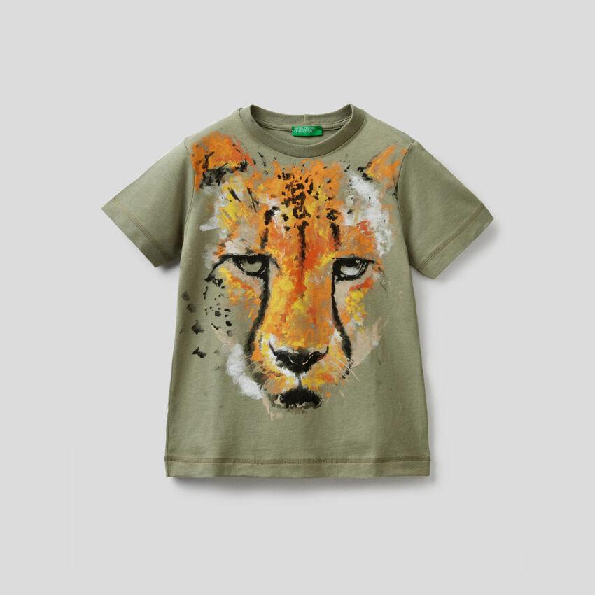 Military green cheetah print t-shirt